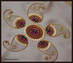 Floor Art Kundan Rangoli Designs studded by ManoramasJewellery Rangoli Designs Flower, Rangoli Patterns, Rangoli Designs Diwali, Rangoli Ideas, Diwali Diy, Diwali Craft, Hobbies And Crafts, Arts And Crafts, Acrylic Rangoli