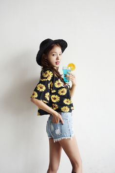We introduce you a new modern vintage♥ hARU style will turn your ordinary days into extraordinary!