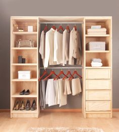 Walk In Closet Ideas - Do you require to whip your little walk-in closet into form? You will love these 20 extraordinary little walk-in closet ideas as well as transformations for some . Bedroom Closet Design, Wardrobe Design, Closet Designs, Wooden Pallet Furniture, Diy Furniture, Closet Door Storage, Closet Racks, Diy Home Decor, Room Decor