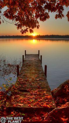 Autumn sunrise at Pelican Lake on Antigo Island, Wisconsin • photo: Sherry Slabik on PictureSocial