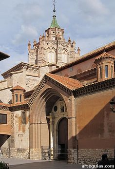 Fachada norte de la catedral de Teruel