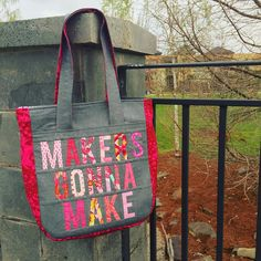 """And because she is just that awesome, I made @meljsim a @noodlehead531 #supertote too. Can you guess that Melanie likes pink? I am so making myself one.…"""
