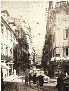 Antiga da Rua da Palma e parte da desaparecida Rua dos Fanqueiros. Edifícios demolidos para abrir o futuro Largo do Martim Moniz.