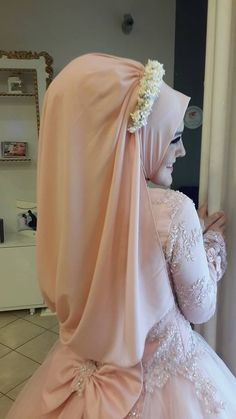 Turkish Brides ☪. Muslimah wedding dress nice
