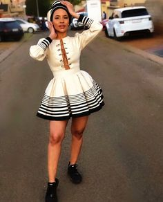 Do you want to craft SOUTH AFRICA XHOSA DRESSES from your modern fabric and don't have an idea of where to start or what to make? South African Traditional Dresses, Traditional Fashion, Traditional Outfits, Traditional Styles, Traditional Wedding, Xhosa Attire, African Attire, African Wear, African Theme