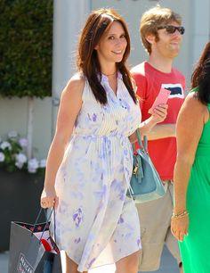 Project Nursery - Pregnant Jennifer Love Hewitt Maternity Style