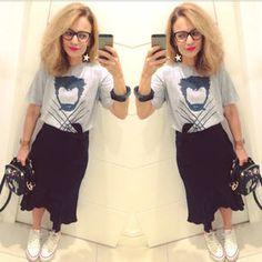 Dujour - BiancaCoimbra is wearing Converse Sneakers, URB Skirt, Storenvy Shirt, Zara Bag and Novo Atelier Earrings