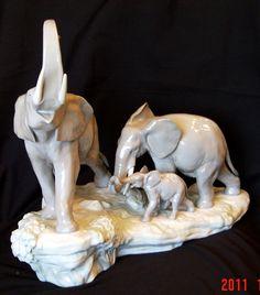 "Lladro ""Elephant Walking"" Porcelain Figurine"