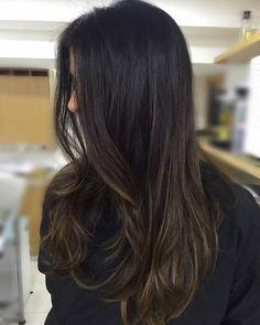 Ideas Nails Colors Winter Highlights For 2019 Balayage Brunette, Brunette Hair, Balayage Hair, Subtle Balayage, Hair Highlights, Chestnut Highlights, Ombre Hair, Gorgeous Hair, Human Hair Wigs