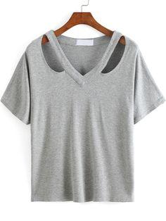 Best 12 Shop Cutout Loose-Fit White T-shirt online. SheIn offers Cutout Loose-Fit White T-shirt & more to fit your fashionable – SkillOfKing. Umgestaltete Shirts, Diy Cut Shirts, T Shirt Diy, Sewing Clothes, Diy Clothes, T Shirt Custom, T Shirt Designs, Latest T Shirt, Shirt Refashion