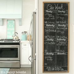 This-DIY-Giant-Chalkboard-is-the-perfect-way-to-keep-track-of-your-busy-weekly-schedule-tutorial-at-the-happy-housie.jpg 629×629 pixels