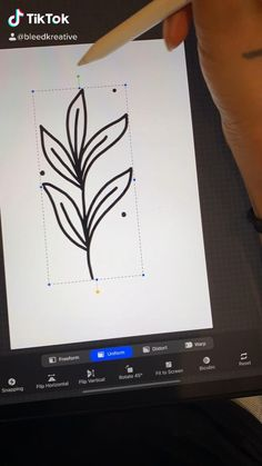 Digital Painting Tutorials, Digital Art Tutorial, Design Tutorials, Art Tutorials, Digital Art Beginner, Inkscape Tutorials, Ipad Hacks, Ipad Art, Art Tips