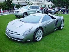 Ce). It was designed by Simon Cox[1]and was featured in the2005 filmThe Island.  The Cadillac Cien had a longitudinally mounted 60-degree, 7.5-liter V-12 which produced 750hp (559kW) and 450lb·ft .[3]