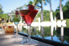 Cosmo & Vodka Martini are even better if you can have them by the at Grand Velas Riviera Maya. Grand Velas Riviera Maya, Alcoholic Drinks, Cocktails, Vodka Martini, Mexico Resorts, Fun Activities, Wedding Venues, Canning, Tableware