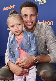 Father-daughter date: Stephen Curry with daughter Riley...