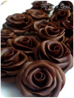 Recette de la pâte de chocolat (ou chocolat plastique)                                                                                                                                                                                 Plus