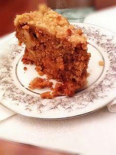 The Urban Domestic Diva: RECIPE: Double Apple Crock Pot Breakfast Cake