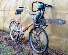 Insane Russian Attack Bike is Powered by a Chainsaw... While it may look like it's designed for the sole purpose of cutting down everything in its path, the chainsaw's motor does in fact power the front wheel of the bike. Apparently it's not an uncommon practice to recycle small motors. If you lack a spare chainsaw, a weed wacker or any other small engine can do the job.