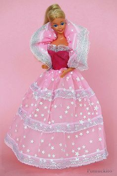 Barbie Dream Glow 1985 I LOVED making her dress and parasol glow!