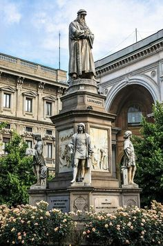 MILANO  Piazza Scala, monumento a Leonardo.  ✈✈✈ Here is your chance to win a Free Roundtrip Ticket to Verona, Italy from anywhere in the world **GIVEAWAY** ✈✈✈ https://thedecisionmoment.com/free-roundtrip-tickets-to-europe-italy-verona/