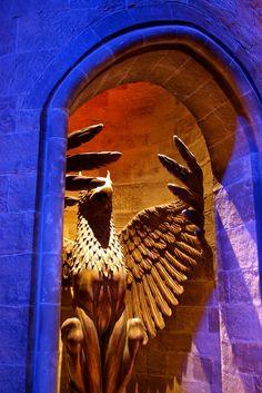 Entrance to Dumbledore's office, Harry Potter Studio Tour, London. Harry Potter Studios, Harry Potter Style, Wb Studio Tour, Lemon Drops, Ravenclaw, Entrance, Beast, Films, Europe