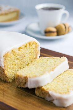 Vegan Lemon Cake - The traditional lemon and olive oil cake comes from southern Italy and includes eggs, but in this vegan version you can't notice that there aren't any eggs at all!