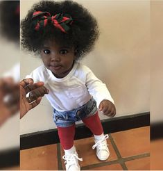 Discovered by Trvp Mami. Find images and videos about fashion, hair and beauty on We Heart It - the app to get lost in what you love. Cute Mixed Babies, Cute Black Babies, Black Baby Girls, Beautiful Black Babies, Brown Babies, Cute Baby Girl, Black Kids, Beautiful Children, Cute Babies