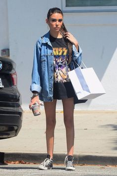 Jean Jacket Outfits For Men Cute Casual Outfits, Edgy Outfits, Celebrity Outfits, Mode Outfits, Summer Outfits, Fashion Outfits, Jeans Fashion, Estilo Madison Beer, Madison Beer Style