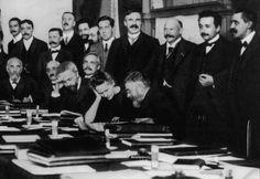 La imagen de #Madame #Curie a veces no se corresponde con la realidad, fue una amante apasionada y aquí lo vamos a descubrir.
