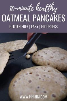 Clean eating oatmeal pancake recipe! This healthy pancake recipe is super quick, easy and delicious! These healthy pancakes are made with oats and honey and re flourless and refined sugar free! They're also dairy-free and gluten-free pancakes, perfect for a quick clean eating breakfast that you can even meal prep and eat on the go! Clean Eating Oatmeal, Clean Eating Pancakes, Clean Eating Breakfast, Quick Healthy Breakfast, Sugar Free Pancakes, Sugar Free Breakfast, Gluten Free Pancakes, Gluten Free Pancake Recipe Easy, Sugar Free Recipes