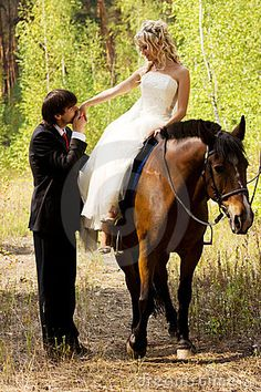 Google Image Result for http://www.dreamstime.com/bride-and-groom-with-horses-thumb19355355.jpg