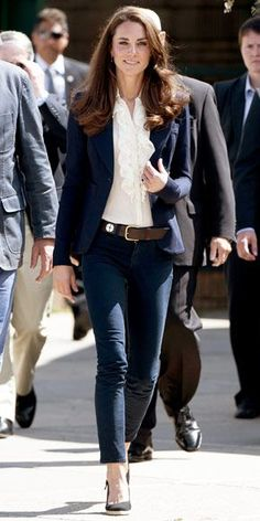 Catherine Middleton WHAT SHE WORE Middleton toured Canada in a one-button Smythe blazer over a ruffled blouse and navy J Brand jeans.: