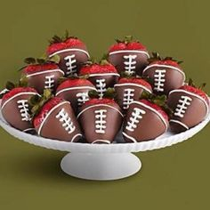The boys wouldn't mind if I decorated fruit like this on football nights!  Chocolate covered strawberries