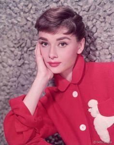 Efsanevi aktris Audrey Hepburn ve ikonik makyajı
