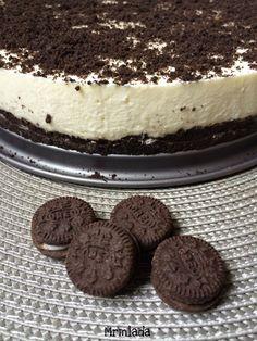 Oreo cheesecake sin horno http://mrmlada.blogspot.com.es/2015/01/cheesecake-de-galletas-oreo-reto.html