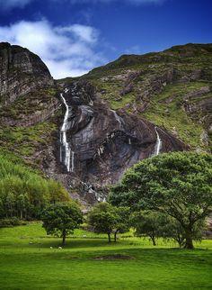Inchaquin WaterFalls. Gleninchaquin, County Kerry, Ireland |
