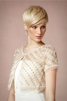 Tiny floral appliqué and gleaming silver embroidery forms a sparkling garden atop a sheer jacket cut from organza. Designed by Sachin and Babi exclusively for BHLDN. Pixie Hairstyles, Pixie Haircut, Cool Hairstyles, Short Pixie, Short Hair Cuts, Short Hair Styles, Blonde Pixie, Blonde Hair, Long Bangs