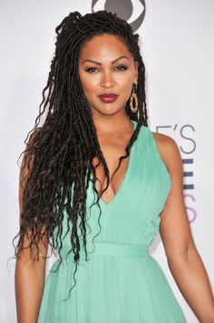 Faux locs are becoming popular and when Actress Meagan Good showed off her newest rendition of faux locs, everyone jumped for joy!