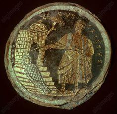 RÉSUURECTION DE LAZARE / VERRE PALÉOCHRÉTIEN. Paléochrétien, 4e siècle.  La résurrection de Lazare.  Verre, gravé et doré. Museo Cristiano,