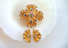 Juliana DeLizza and Elster Brooch Earrings Set Citrine Color Crinkle Art Glass Rhinestones by SmallTownVintageShop on Etsy https://www.etsy.com/listing/244872199/juliana-delizza-and-elster-brooch