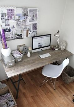 Simple & stylish work room