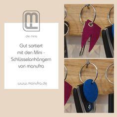 (Werbung wg. Markenerkennung) Kennt ihr das? Hier ein Schlüssel für das Fahrrad, hier noch zwei für die Fahrräder von den Kindern. Der Schuppenschlüssel hängt auch noch da und natürlich der Autoschlüssel, Haustürschlüssel und und .... mit den Minis von #manufra habt ihr all eure Schlüssel gut organisiert. . . . #manufra #gastgeschenk #geschenk #autoschlüssel #nachhausekommen #pink #blau #nachhaltig #fahrrad Minis, Personalized Items, Instagram, Accessories, Felt, Branding, Advertising, Handarbeit, Blue