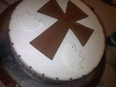 Resultado de imagen para tortas de comunion para varones