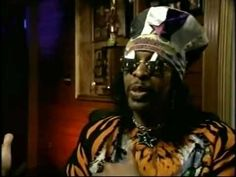 One Nation Under A Groove - P-Funk Documentary 2005 Known to its legions of fans simply as P-Funk, Parliament Funkadelic has had a profound impact on the dev. Lynda Barry, Bootsy Collins, Parliament Funkadelic, Curtis Mayfield, George Clinton, Play That Funky Music, Boy Music, Old School Music, Musica