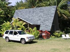 vacation rentals to book online direct from owner in . Vacation rentals available for short and long term stay on Vrbo. Vacation Rental Sites, Vacation Home Rentals, Lahaina Maui, Rental Apartments, Acre, Ideal Home, Condo, Cottage, House Styles