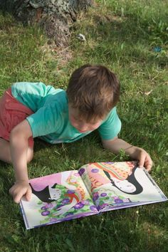 Hands-on-Prints Montessori Style Educational Books - Enter to win! #handsonprints #spon