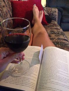 Peace comes in the form of a good book and some fine red wine!It's never a bad time for wine 🍷 Book Instagram, Story Instagram, Profile Pictures Instagram, Wine Photography, Relaxing Bath, Photos Tumblr, Coffee And Books, Aesthetic Photo, Book Worms