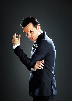 Andrew Scott is Artemis Fowl (the grown up puny-fied version that smooches an elf)