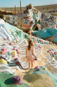 Salvation Mountain, Niland, California, US.救恩山,Niland,加州,美国。