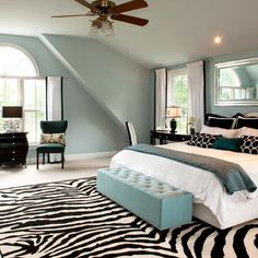 Bedroom Zebra Pillows Design, Pictures, Remodel, Decor and Ideas - page 5